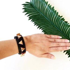 BOGO✨Leather Rose Gold Triangle Bracelet